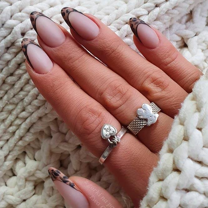 What Should A French Manicure Look Like? #mattenails #leopard