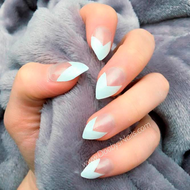 Stiletto Nails With Triangular French Tips #stilettonails #frenchnailstips
