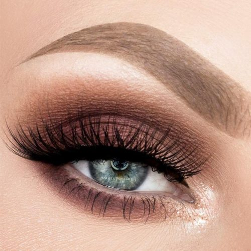 Lovely Makeup Ideas For Blue Eyes picture 3