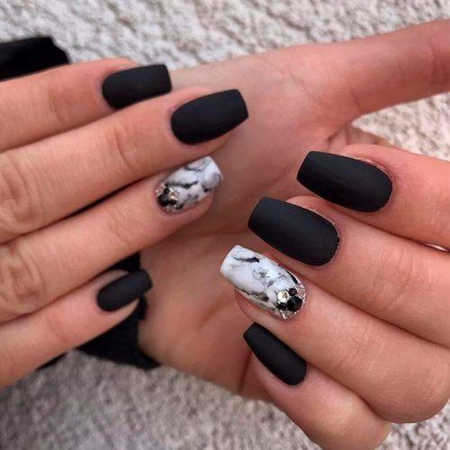 Matte Marble Nail Art Design #marblenails #rhinestonesnails