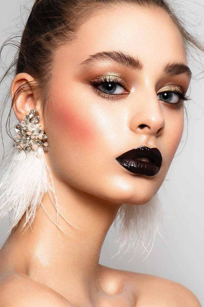 Gold Shimmer Eyeshadow WIth Bold Lips Makeup #blacklipstick #goldeyeshadow