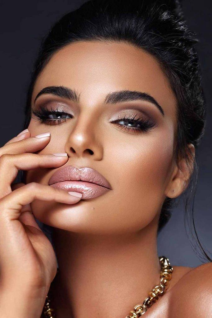 Nude Glam Makeup Idea #nudelipgloss #shimmereyeshadow