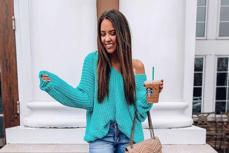 Cozy Outfit Ideas That Are Still Sexy