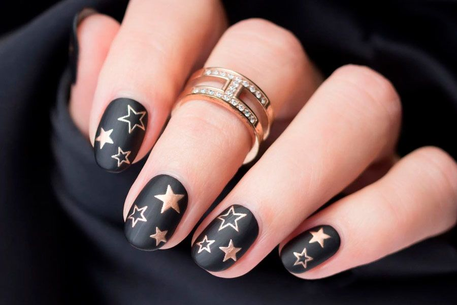 Matte Black Nails That Will Make You Thrilled
