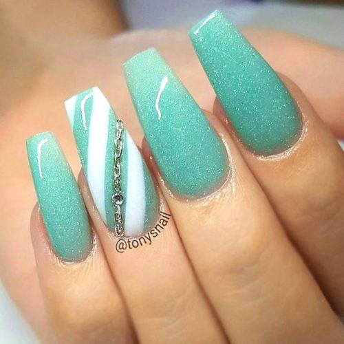 Pretty Glitter Nails picture 4