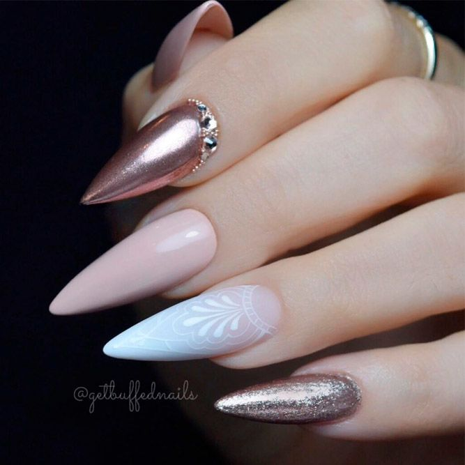 Pointed Nails With Rose Gold Accents #rosegoldnails #rhinestonesnails