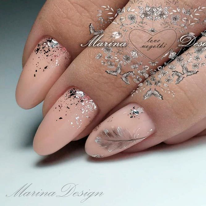 Nude Nails With Glitter And Feather Art #nudenails #glitternails