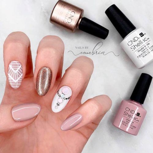 Nude Nails With Geometric Pattern #glitternails #nudenails