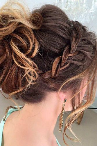 A Little Bit Messy Prom Hair Updos picture 3