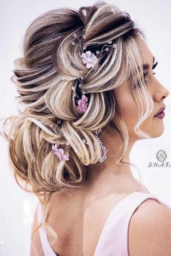 Hairstyles That Will Make You the Belle of the Ball picture2