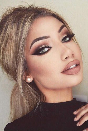 Sexy Cat Eye Makeup Looks picture 1