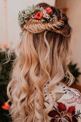 Braided Half-Up With Flowers #braidedhairstyles #blondehair