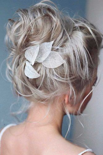 Blonde Messy Updo #blondehair #updohairstytles
