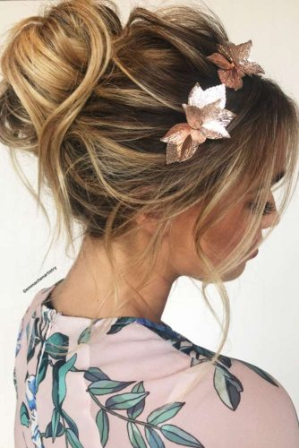 Chic Look With Messy Updo Hairstyles picture 1