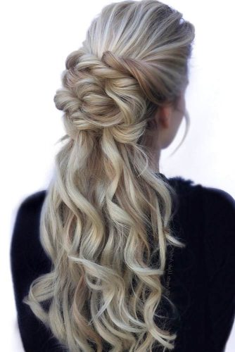 Twisted Half Updo Prom Hairstyles picture 2