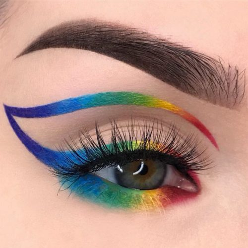 Creative Rainbow Eyeliner Style #coloreyeliner #rainboweyeliner