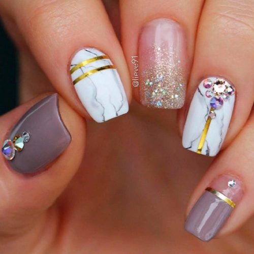 Marble Nail Art With Glitter And Rhinestones #marblenails #glitternails #rhinestonesnails