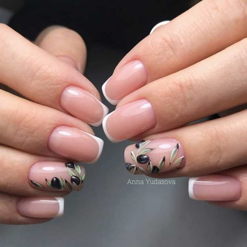 Nature Inspired Graduation Nail Arts picture3