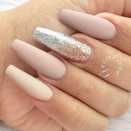 Glitter Accents For Graduation Nails To Inspire You picture 3