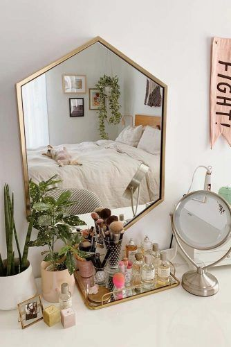 Makeup Vanity Hexagon Mirror Design #vanitymirror