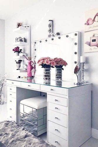Large Vanity Table With Mirrored Stool #mirroredstool