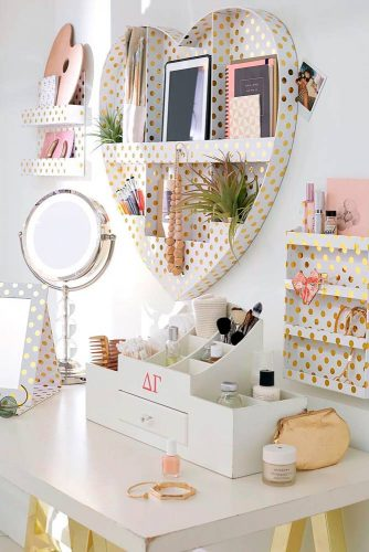 Makeup Vanity Table You'll Love picture 1