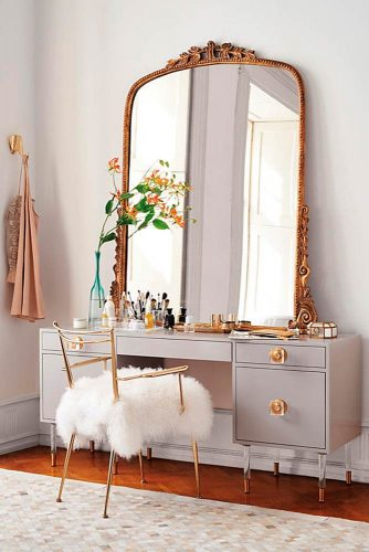 Makeup Vanity Table You'll Love picture 5