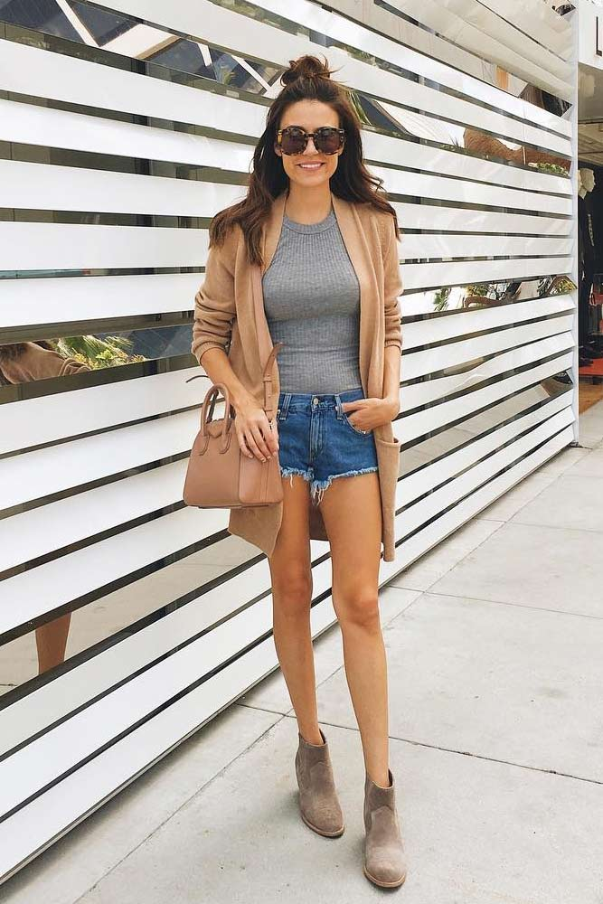 Simple And Stylish Casual Outfits picture 1