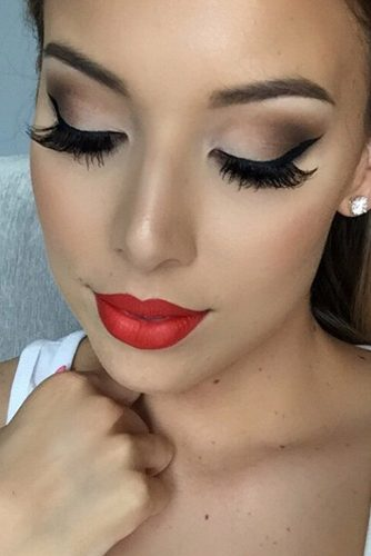 Amazing Red Lipstick Looks picture 2