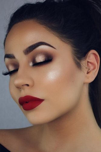 Dark Red Lipstick Makeup Ideas picture 2