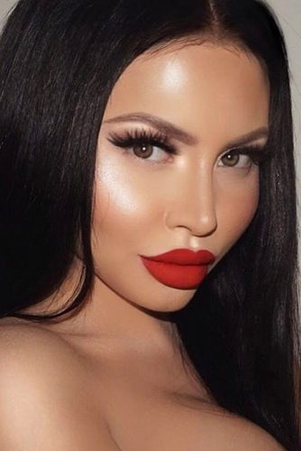 Best Makeup Ideas with Red Lipstick picture 2