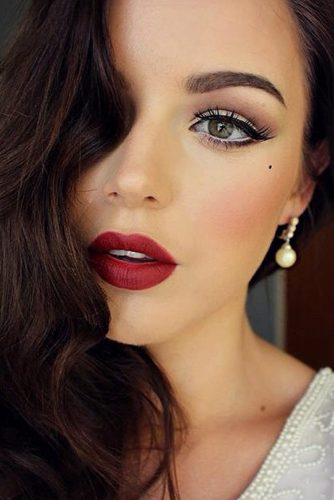 Best Makeup Ideas with Red Lipstick picture 4