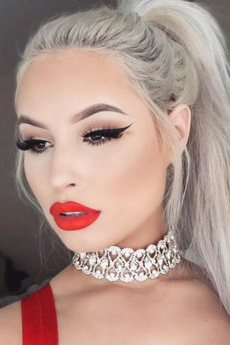 Amazing Red Lipstick Looks picture 3