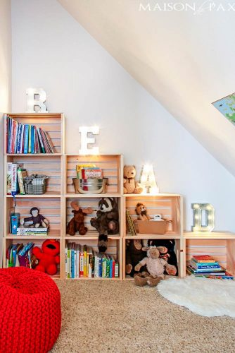 Stylish Bookshelf Made of Crates picture 2