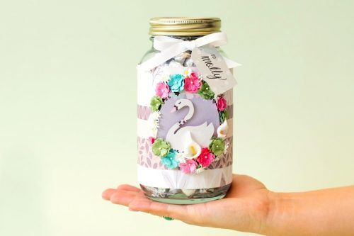 Creative DIY Mason Jar Gifts to Impress Family and Friends