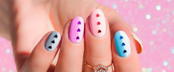 30 Graduation Nails Designs To Recreate For Your Big Day