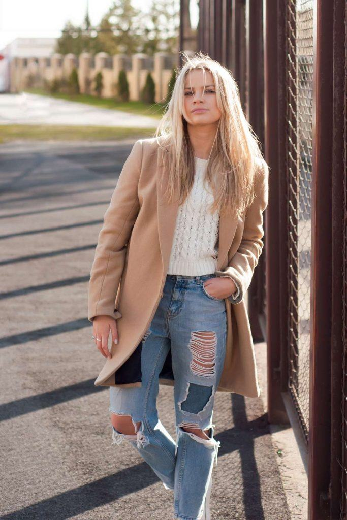 Ripped Jeans with Classy Coat