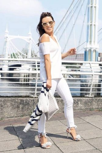 All White Outfits with Skinny Jeans picture 2