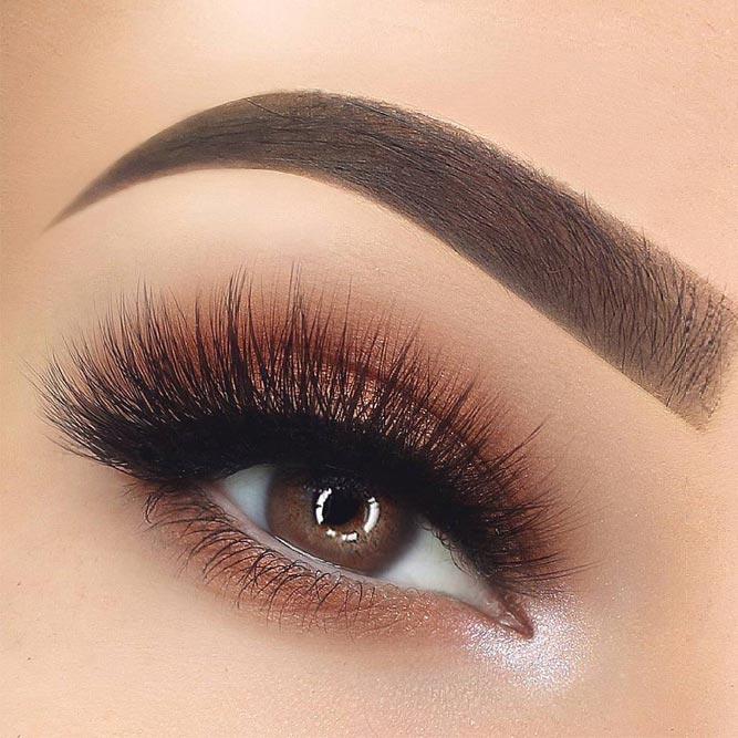 Shimmer Brown Eyeshadow with Black Eyeliner #shimmersmokey