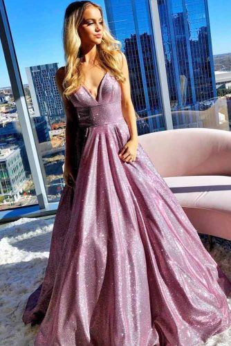 Prom Dress Design For Square Face Shape #pinkdress #shimmerdress