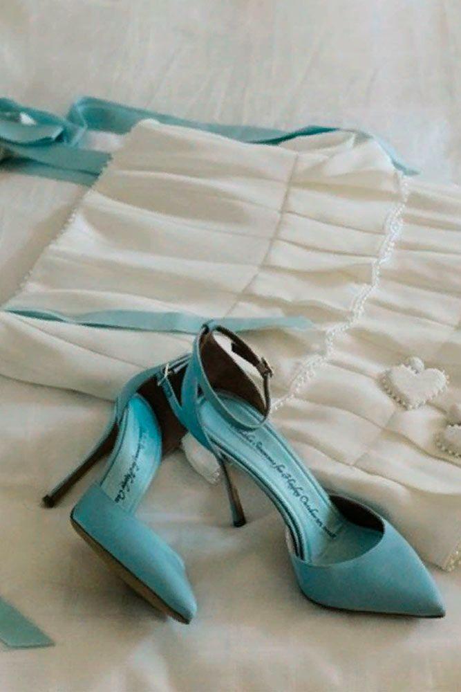 Trendy Pale Blue Shoes #simpleshoes #blueshoes