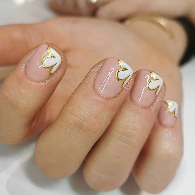 Minimalistic Spring Nail Art #minimalisticnailart #nailart