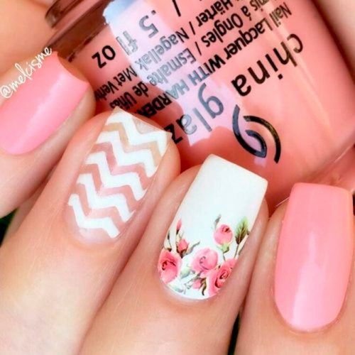 Floral Nail Art With Chevron Pattern #flowersnails #chevronnails