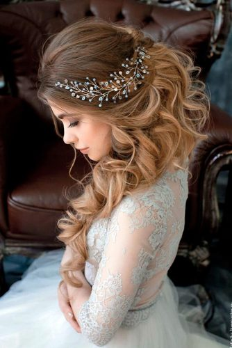 Gorgeous Wedding Hairstyles for Long Hair picture 4