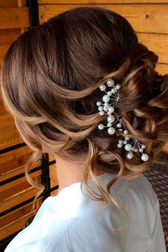 Classic Wedding Updo Hairstyles picture 1