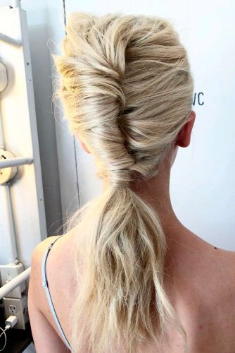 Shell Hairstyles With Ponytale #ponytalehairsryle #quickhairstyles