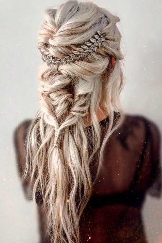 Messy Braided Hairstyle #bohohairstyle #messyhair