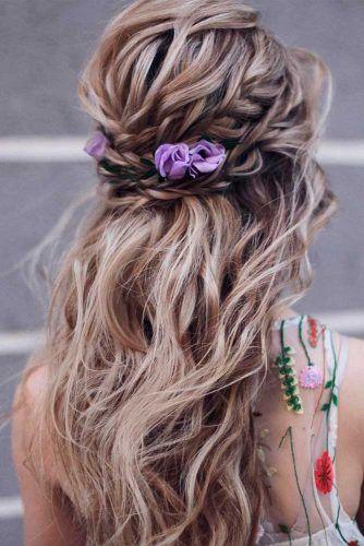 Braided Half-Up With Flowers #braidedhair #wavyhair