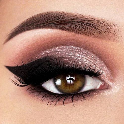 Shimmer Silver And Black Smokey Eyes Idea #smokeyeyes