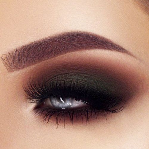 Matte Dark Green With Brown Smokey Eyes Idea #smokeyeyes